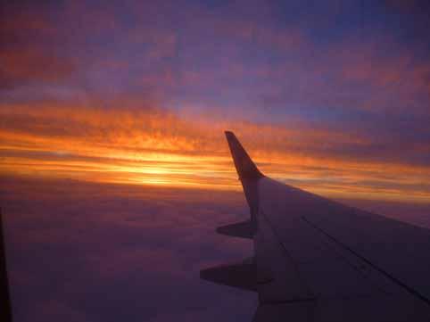 機内から夕焼け.jpg